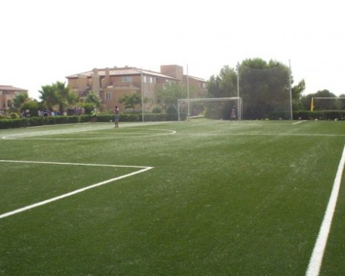 Campo futbol césped artificial