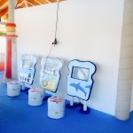 Savia proyectos pantalla táctil en construcción miniclub vista lateral