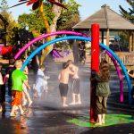 Savia proeyctos SPLASH_PARK duchas arcos colores niños