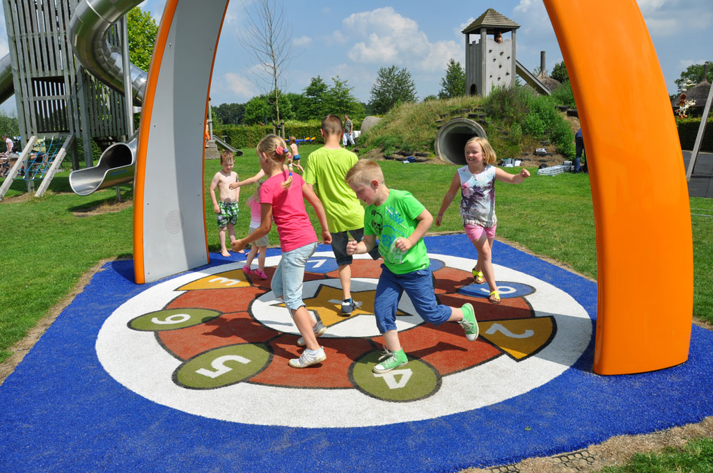 Juegos Interactivos Instalaciones Al Aire Libre Savia