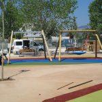 Savia proyectos parques_infantiles_inca columpios sobre suelo seguro