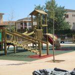 Savia proyectos parques_infantiles_inca castillo juegos madera con pasarela