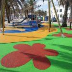 pavimento de seguridad zona infantil insitu Savia Proyectos flores pintadas en el suelo
