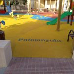 Savia proyectos parque infantil pavimento seguro columpios balancín tobogán verde Ayto Palmanyola