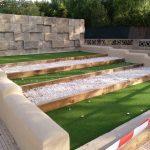 Savia proyectos vegetación y tierra césped artificial y piedras Ayto Palmanyola