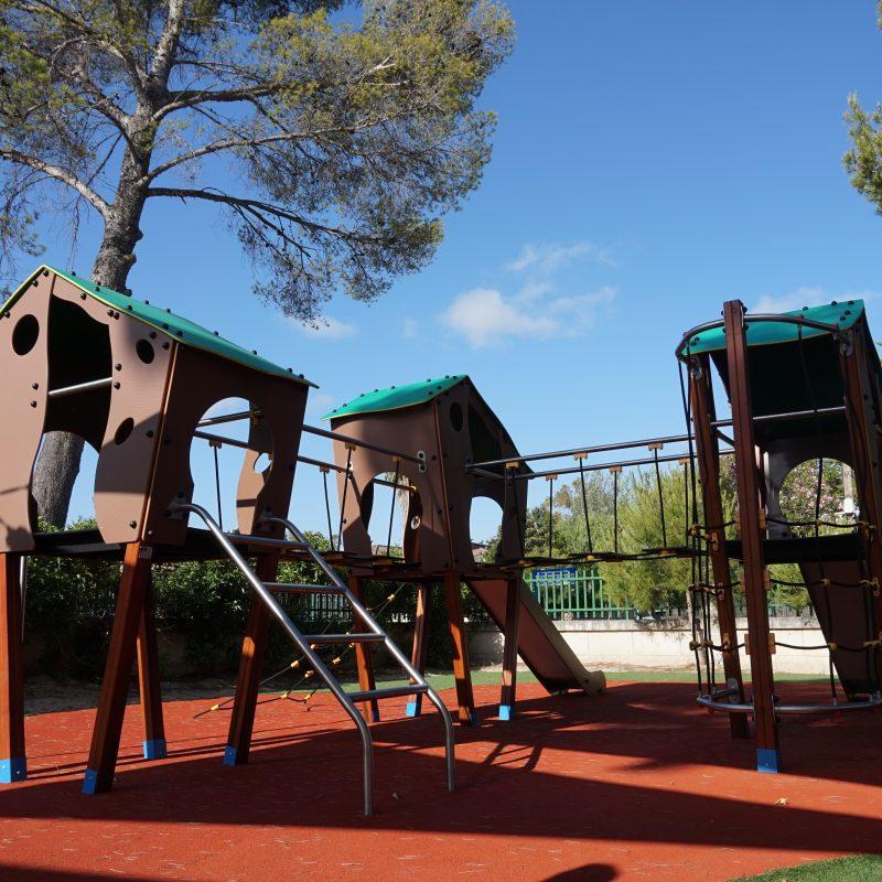Savia parque infantil -roc-continental-park casetas pavimento