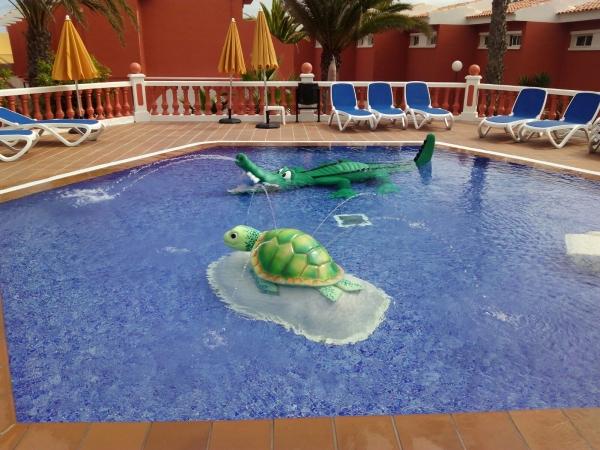 Savia proyectos piscina infantil splah tortuga cocodrilo Globales Hotel Costa Tropical