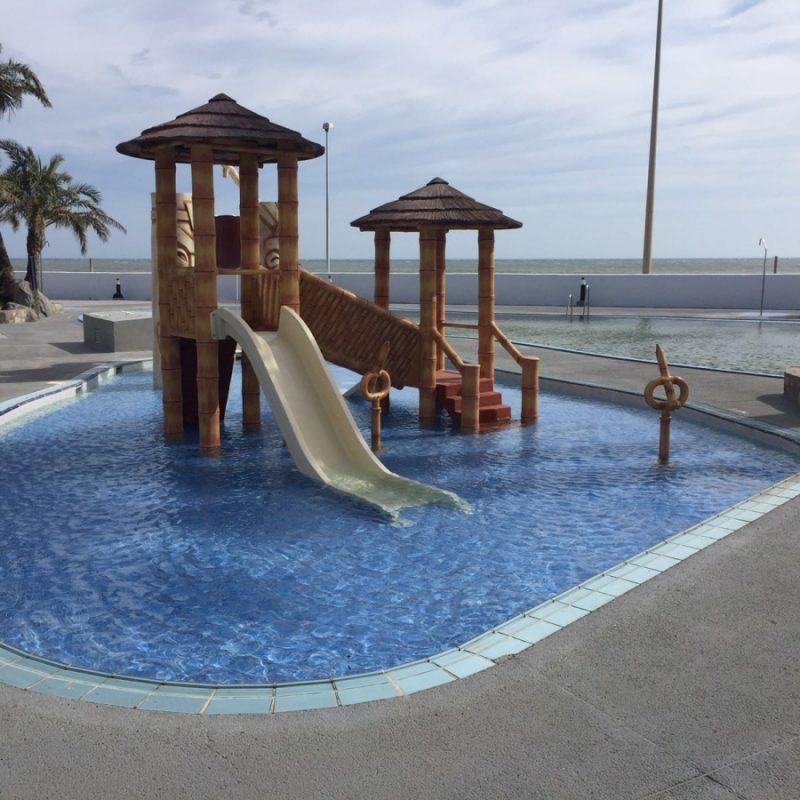 Roc Hotel Golf Trinidad Savia Parque acuático infantil étnico tobogán piscina Roc Hotel Golf Trinidad