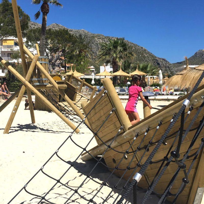 Proyecto Savia parque infantil madera playa PollenÇa