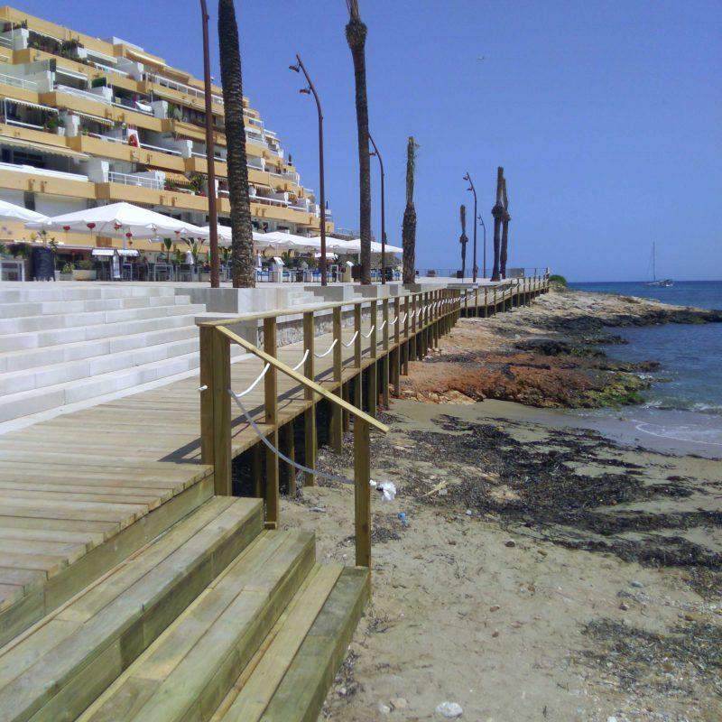 Savia proyecto Paseo Ses Pitiuses madera escaleras